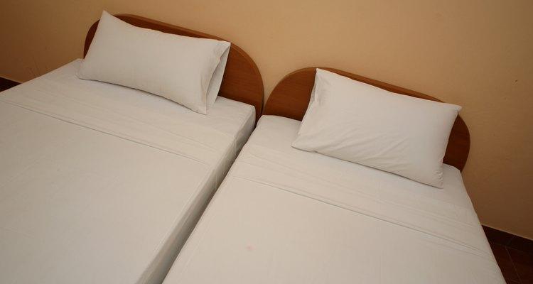 Los colchones king duales consisten en dos colchones iguales que se unen para formar uno.
