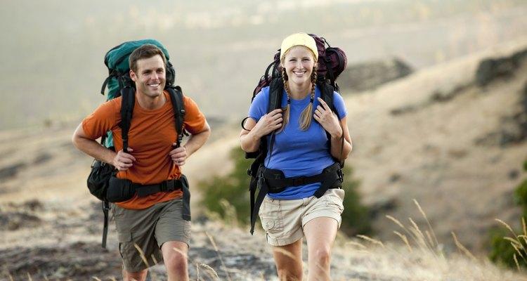 Salir de excursión provee una atmósfera divertida para ambos.