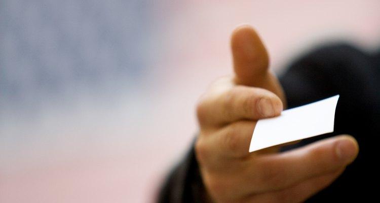Las tarjetas de negocios pueden ayudar a generar negocio adicional.