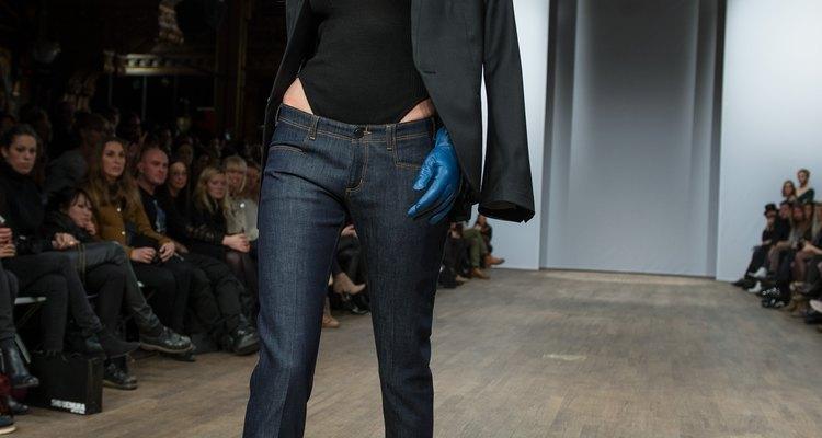 Los jeans skinny gobiernan las pasarelas y son dueños de las calles.