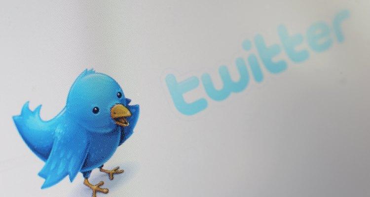"""Os usuários do Twitter podem esconder seus tweets definindo seus perfis para """"protegido"""""""