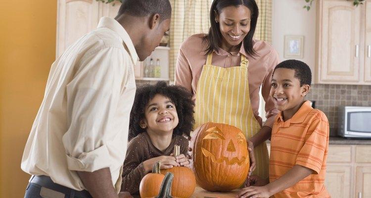 A comunicação entre membros da família é vital para um ambiente estável