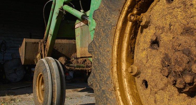 La maquinaria de una granja necesita mantenimiento constante.