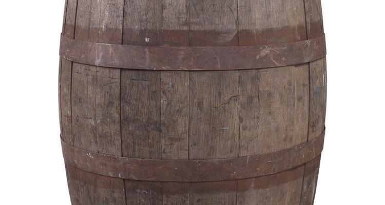 Los barriles se han utilizado para recoger y almacenar el agua y otros artículos durante siglos.
