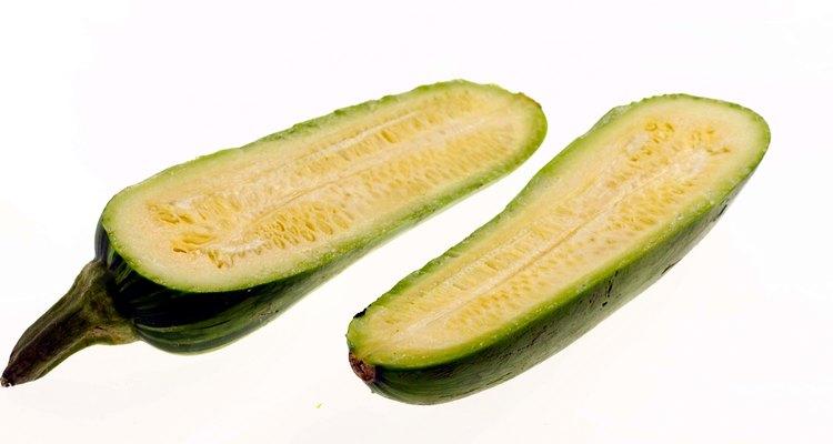 Cocina zucchini como un agregado sabroso para tus comidas de verano.