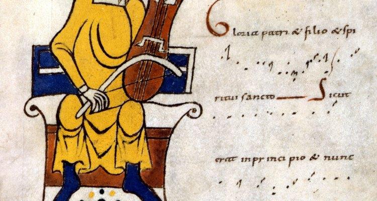 Rabecas eram tocadas com arco, como os violinos modernos