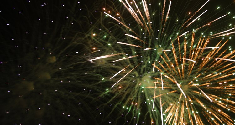 Use bright colours against a black background to simulate the look of fireworks in your drawing.