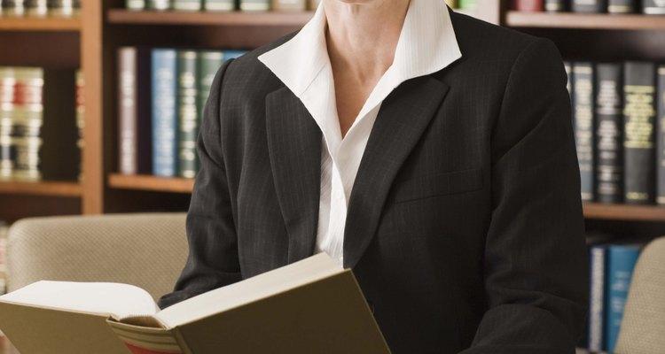Pense em demitir seu advogado se você não está recebendo o tratamento correto