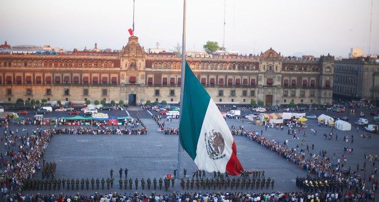 Eventos en el Zócalo para recordar la matanza de Tlatelolco.