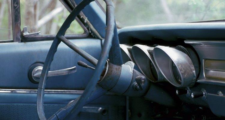 Se houver algum objeto importante no carro, não o leve para dentro de casa, a menos que seja absolutamente necessário