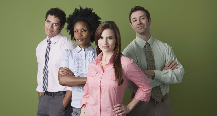 Las acciones y los comportamientos de la gente pueden mostrar los tipos de personalidad.