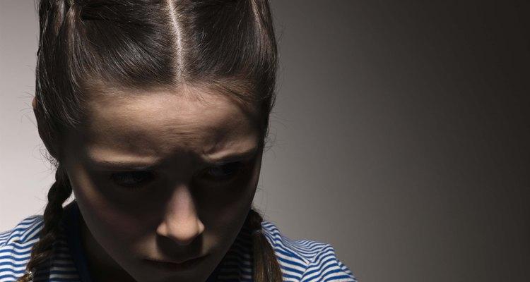 La presión de grupo es un acontecimiento importante en la etapa del desarrollo psicosocial en la adolescencia.