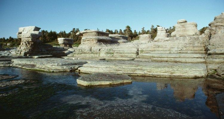 O calcário é um recurso natural de formações rochosas