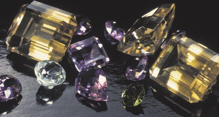 Además de belleza, las piedras preciosas poseen numerosas cualidades.