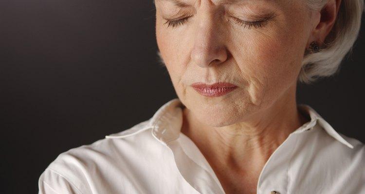 Mulheres na menopausa podem ter corrimentos