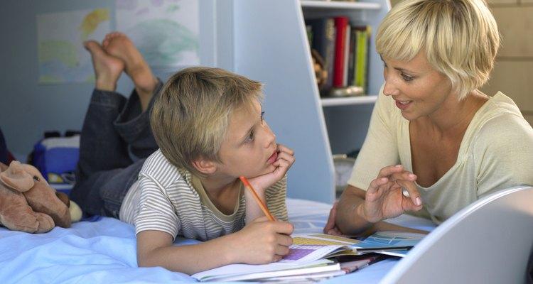 Pregunta a tu hijo acerca de las cosas que le gustan y no le gustan cuando decores su habitación.