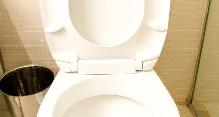 Principalmente em climas úmidos, o vaso sanitário pode suar