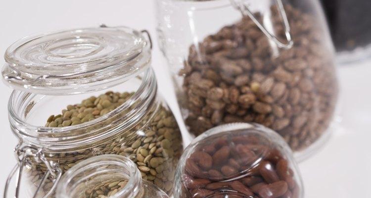 Feijões são um dos muitos alimentos que têm alta quantidade de fibra digestiva