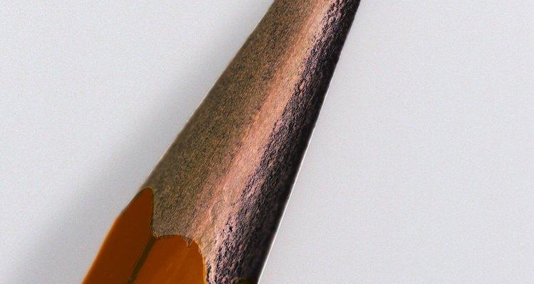 En 1795 un químico francés desarrolló una mezcla de arcilla, grafito y agua para las minas de los lápices.
