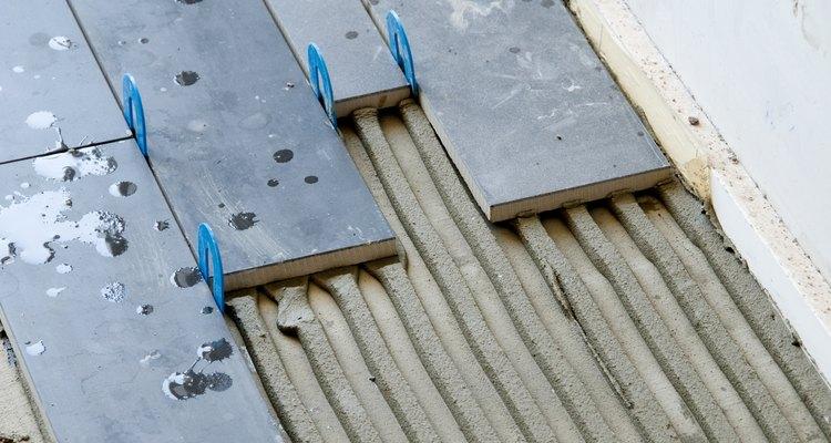 É essencial que se saiba quanto tempo demora para que a argamassa e o rejunte de pisos cerâmicos sequem, garantindo um resultado final de qualidade
