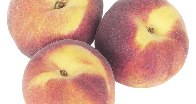 Los melocotones y otras frutas de piedra pertenecen a la familia rosácea.