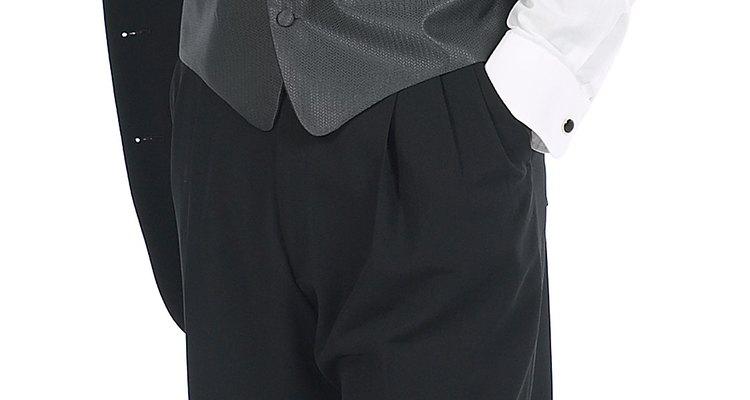 Ajustar o caimento de um colete o ajudará a ter uma aparência profissional e organizada