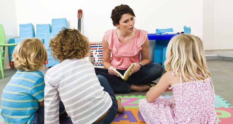Habla con los niños acerca de las expectativas en clase y deja que ellos propongan soluciones.