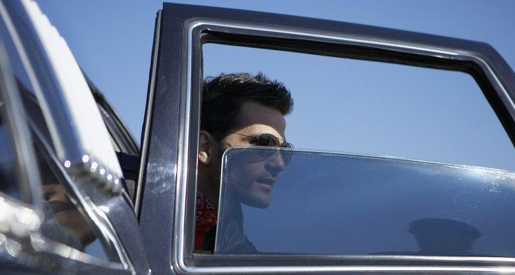 Tú puedes polarizar los vidrios de tu auto.