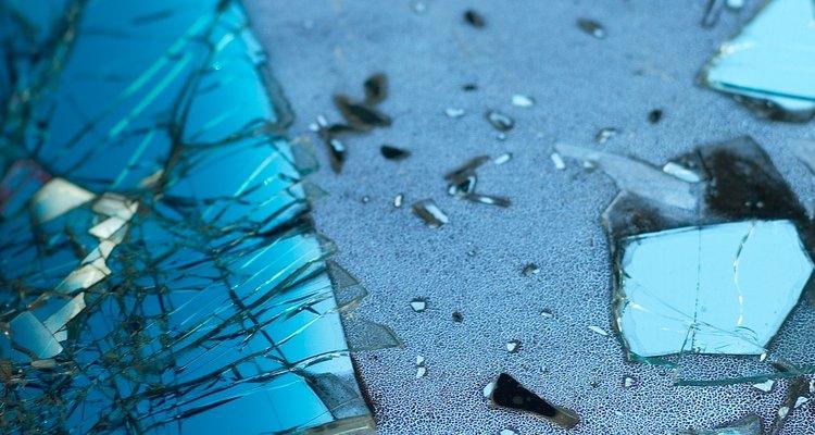Los colectores de vidrio de mar de Maine entendidos van a Bailey Island, cerca del puerto pesquero.