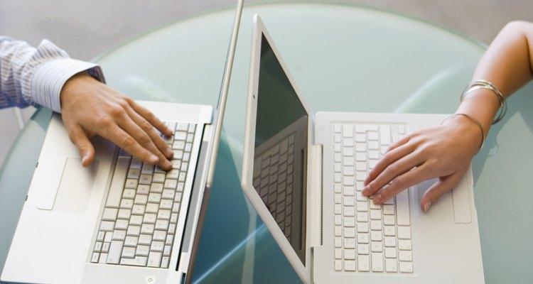El romance en la oficina puede interrumpir el flujo de trabajo.