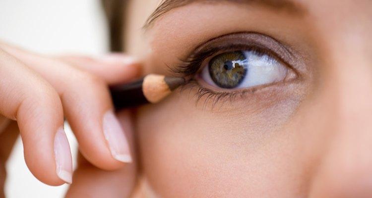Delineador aplicado ao olho