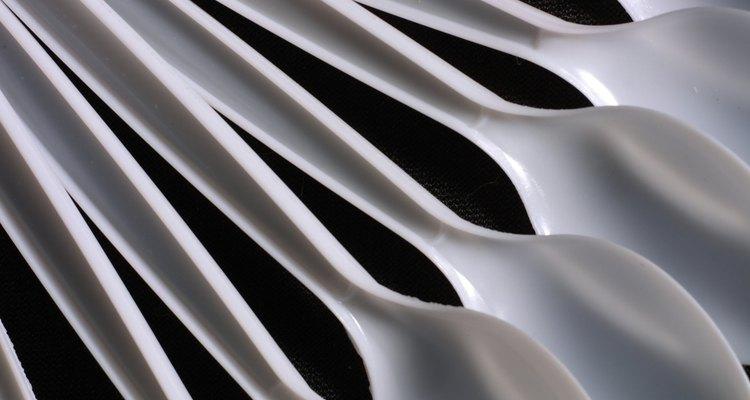 Imprima objetos plásticos e peças utilizando uma impressora 3D