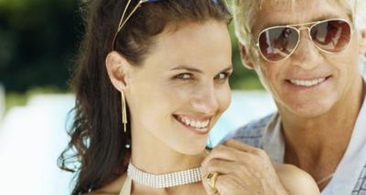 dating site similar to badoo sign: i am dating a much older man