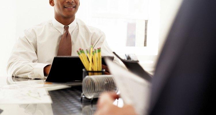 Funcionários fixos podem ter um processo de contratação mais extensivo