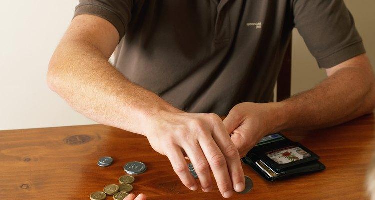 Los quehaceres son una manera efectiva de inculcar habilidades de manejo de dinero en los niños.