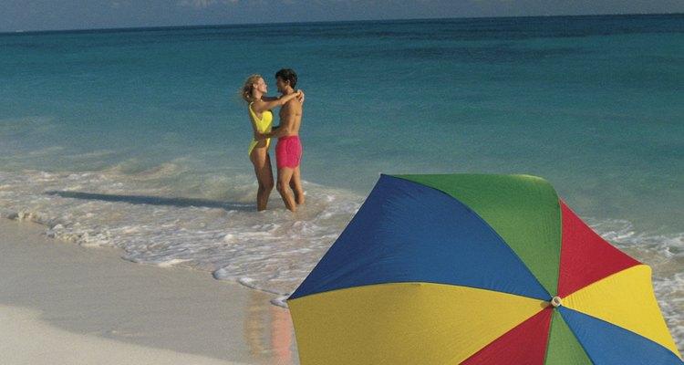 O cabo de um guarda-chuva precisa estar inteiro para que ele se abra corretamente