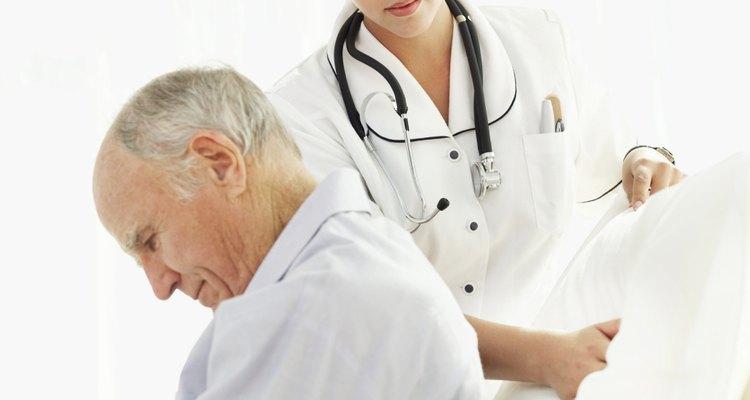 Pacientes acamados precisa ser reposicionados frequentemente