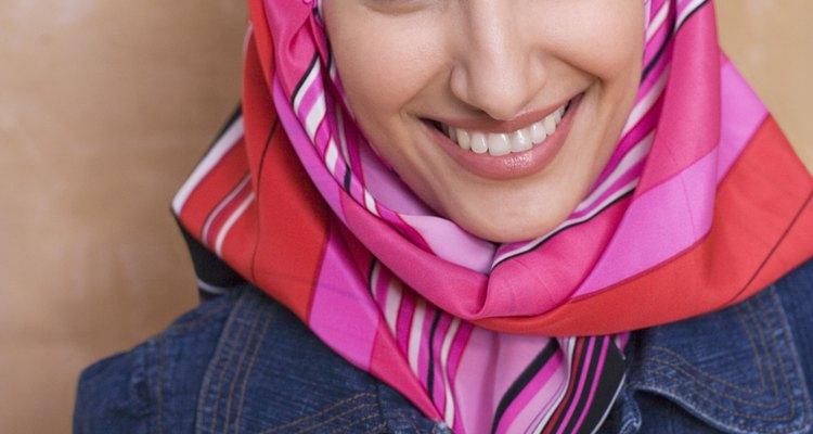 Faça seus próprios hijabs por estilo e diversão