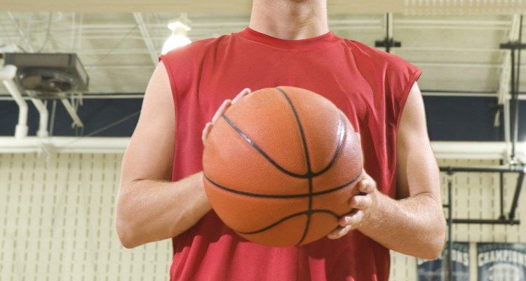 Um arremesso de lance livre envolve vários músculos do seu corpo