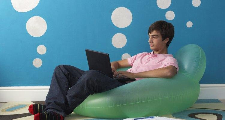 Facebook es a menudo una gran parte de la vida social de los adolescentes.