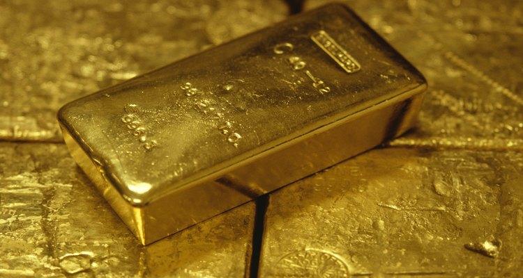 Three tonnes of gold bullion was taken.