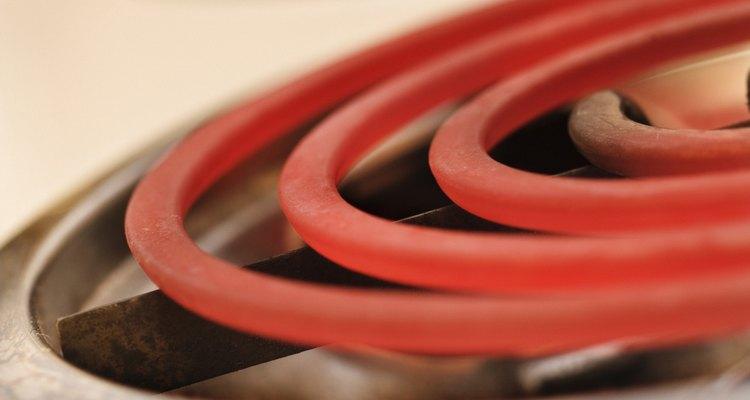 Un quemador eléctrico de una estufa funciona igual que el elemento del horno.