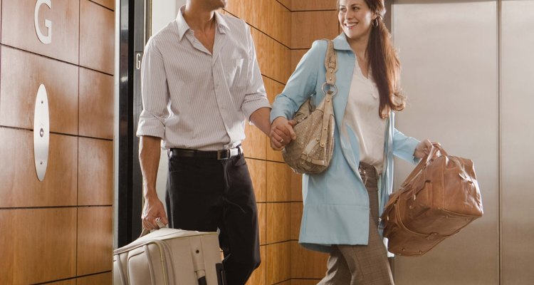 Keep your Samsonite luggage looking its best on your travels.