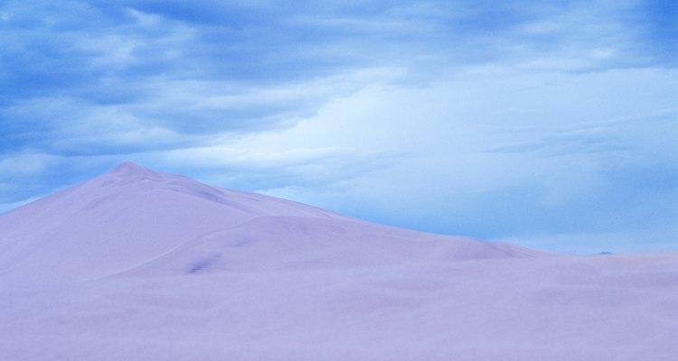 Michigan ofrece impresionantes dunas para realizar excursionismo.