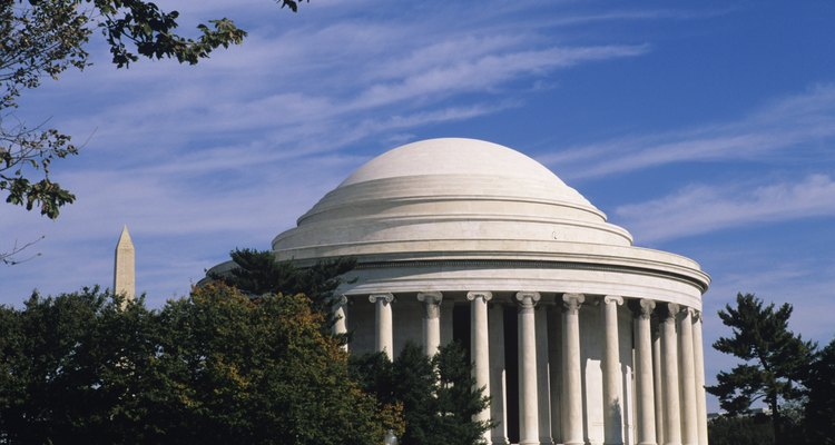 Los federalistas y anti-federalistas estuvieron en desacuerdo en temas importantes durante la fundación de los Estados Unidos.