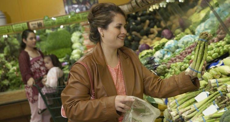 Puedes comprar bolsas tratadas con permanganato de potasio para reducir la absorción de etileno.