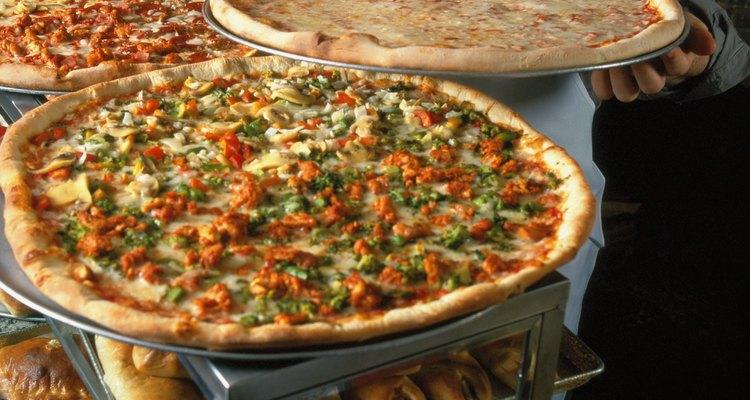 Arrecadação de recursos com pizza é uma maneira de conseguir dinheiro para caridade