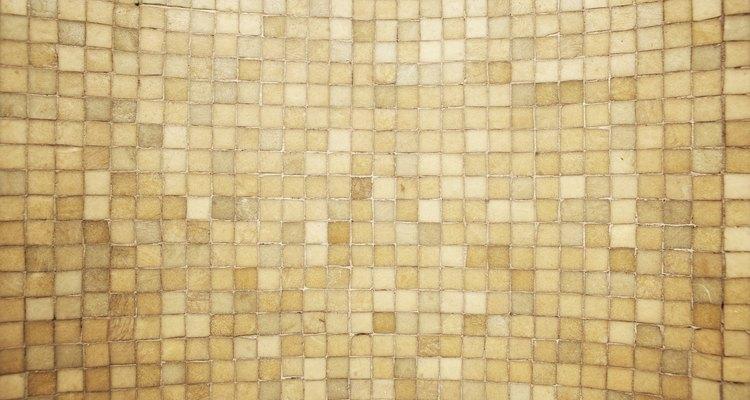Use um rejunte com glitter na sua parede de azulejos
