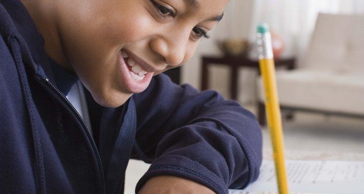 Saber escribir oraciones ayuda a desarrollar las habilidades comunicativas.
