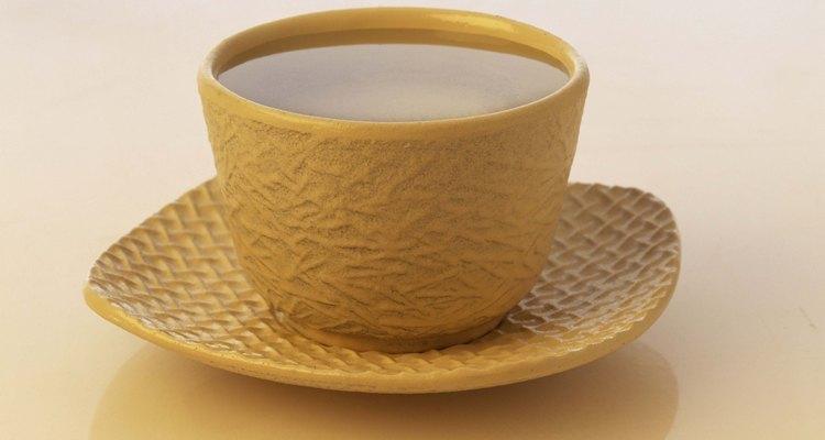 Chá verde com ginseng também ajuda com a disposição
